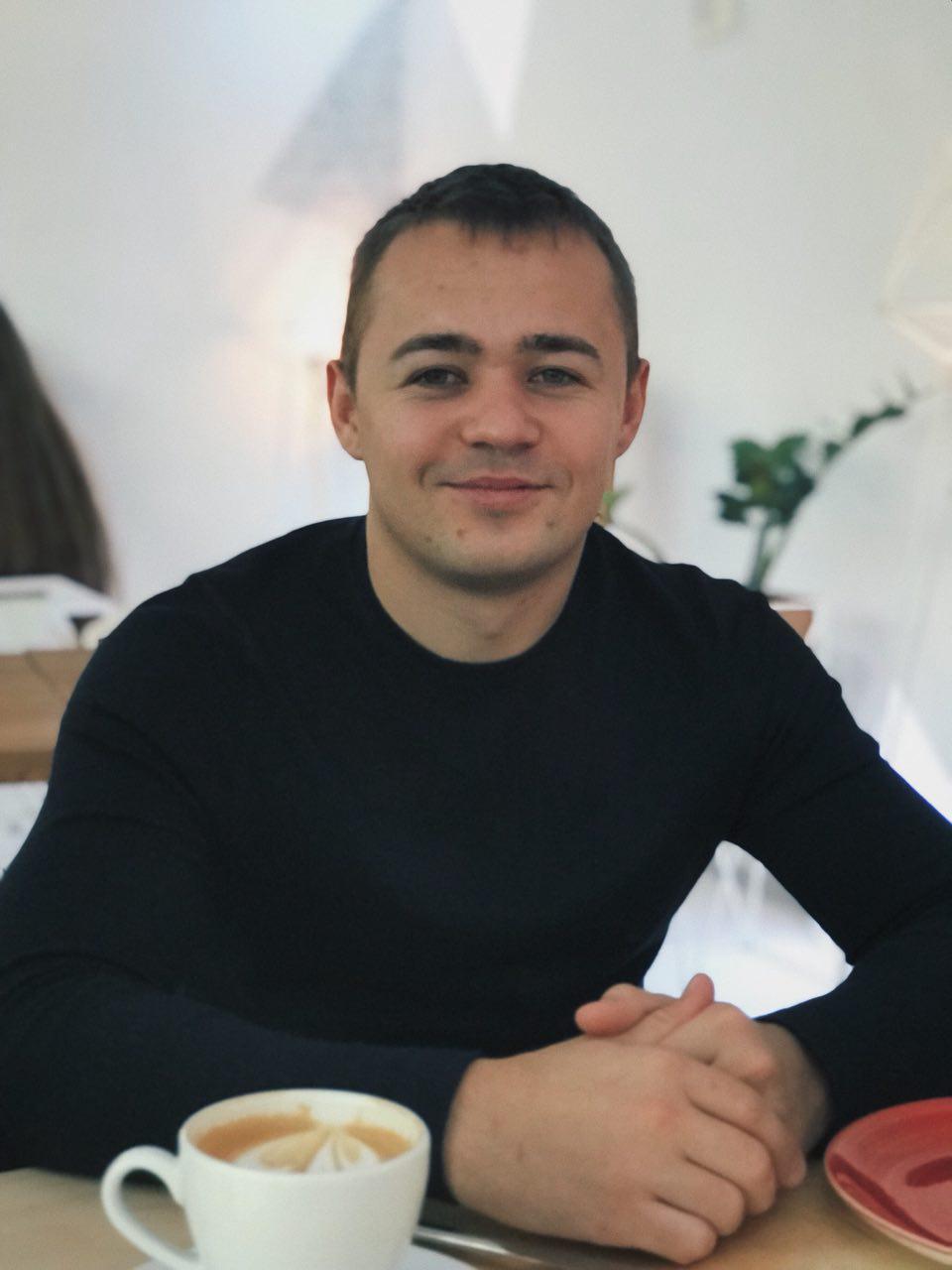 Максим Моисеев